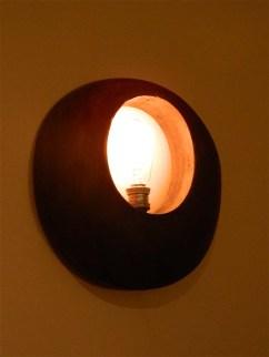 Lampada Fedora oggetto di design e riciclo creativo della Balon Lamps