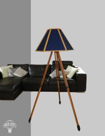 lampada_lampadario_balon_lamps_spot_riciclo_creativo_ecodesign_upcycling_artigianale_torino_genova_roma_milano_italy_paralume_blu_1